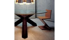 Cassina - ZigZag Rietveld Chair
