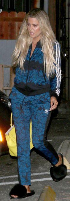 Khloe Kardashian: Purse Hermes Jacket and pants Adidas Shoes Givenchy Adidas Superstar, Adidas Cap, Adidas Outfit, Adidas Shoes, Sneakers Nike, Runway Fashion, Fashion Shoes, Fashion Models, Teen Fashion