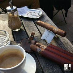 Coffee and cigar at one of my favourite place in Aix-en-Provence  Those #RamonAllones Gigante are definitely awesome