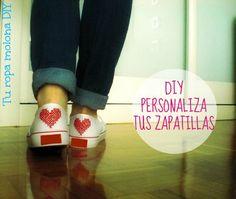 DIY: personaliza tus zapatillas blancas con un corazón en punto de cruz.http://turopamolonadiy.blogspot.com.es/2014/05/diy-personaliza-tus-zapatillas.html?m=1