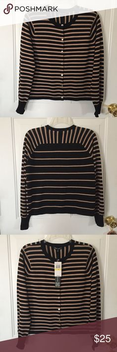 "🆕Listing Cable & Gauge Sweater Sz M Women's Black and Tan Striped Sweater with Silver Snaps by Cable & Gauge Size M Approx Meas Flat Lay: Shoulders: 16"" Bust: 18.5"" Sleeve Length: 23"" Length: 21"" 78% Rayon 22% Polyester NWT Retail Price: $60🌺Questions🌺Please Ask🌺 Cable & Gauge Sweaters"