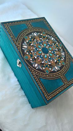 Large Teal Dot Mandala Wooden Box- With Velvet Lining Mandala Art, Mandala Drawing, Mandala Painting, Dot Art Painting, Stone Painting, Fabric Painting, Box Design, Design Art, Jewelry Box Makeover
