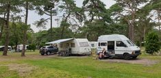 Nee die caravan hoort niet bij ons 😁 Recreational Vehicles, Camper, Campers, Single Wide