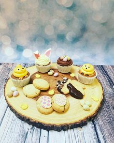 Our beautifully indulgent easter cupcakes & biscuits! #easter #spring #indulge #chocolate #cupcakes #minieggs #chicks #bunnies #bunnyears #yummy #familycakes #cakedecorating #seasonal #seasonalcakes #cupcakes #themed #springishere