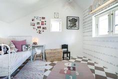 Gallery Wall, Frame, House, Home Decor, Homemade Home Decor, Home, A Frame, Haus, Frames