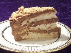 moroccan coffee meringue cake (flourless) called Le Russe (The Russian) Moroccan Pastries, Moroccan Desserts, Moroccan Recipes, Chocolate Ganache, Melting Chocolate, Cake Recipes, Dessert Recipes, Dacquoise, International Recipes
