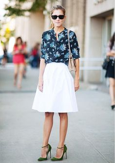 Try a floral blouse in an unexpected darker, sophisticated hue. // #StreetStyle #SummerStyle #Tips