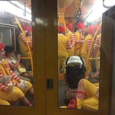 funny train filled with mcdonalds clowns as a grown man i'm terrified Funny Shit, Funny Pins, Funny Cute, The Funny, Funny Jokes, Funny Stuff, Jokes Pics, Funniest Memes, Memes Humor