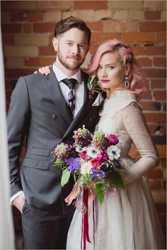 rock and roll | bride and groom style | pink bridal hair | alternative wedding | #weddingchicks