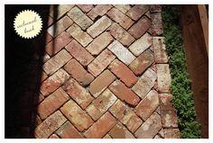 sideyard_7.jpg 842×568 píxeles