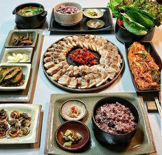 @coffeesthetic K Food, Love Food, Food Porn, Tumblr Food, Aesthetic Food, Food Cravings, Korean Food, Food Design, Food Inspiration