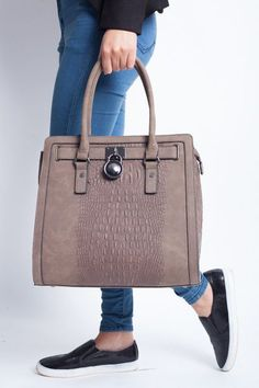 Ladies Fashion Bags Celebrity Shoulder Tote Bag Designer Handbag Women s Quality Dimensions Height 12 inches Width 13 inches Depth 6 inches Material