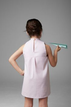 Mandarin collar dress with back closure Empire Cut Dress, Cotton Frocks For Kids, Chic Minimalista, Structured Dress, Little Girl Hairstyles, Collar Dress, Baby Wearing, Kids Wear, Baby Dress