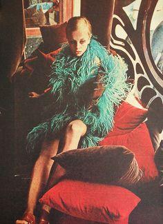 Twiggy at BIBA. Brazilian Magazine Jóia. August 1967