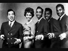 The Miracles - Baby, Baby Don't Cry  adore Smokey Robinson, still.