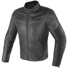 Chaqueta de piel Dainese Stripes D1 Negra. Chaqueta de estilo urbano y look vintage, confeccionada en piel teñida muy suave. Esta chaqueta incorpora protecciones compuestas certificadas en hombros y c...