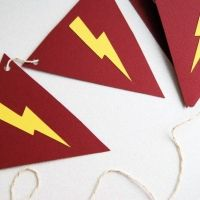 harry potter/superhero party paper banner