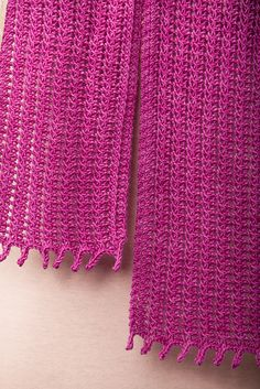 Ravelry: Corsage Scarf pattern by Angela Tong