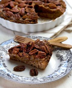 Pecan Pie | by Deliciously Ella - So wonderfully indulgent and decadent, yet so healthy. Who knew that a gluten free, dairy free, refined sugar free, vegan pecan pie could taste better than a normal one?!!
