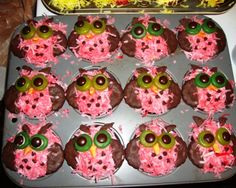 Cute owl cupcake treats! Hootie hoo my XO friends:)