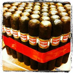 Getting my afternoon #cigarsmoking on with an @illusione_cigars Rothschild. #nowsmoking #stogies @Cigar Mas Fino #cigarlounge #cigarlovers #cigaroftheday #cigarenthusiasts #cigaraddict #cigaraficionado #cigarnews #cigarstyle #cigarsociety #cigarsmoker #cigars #cigartime #cigarbrotherhood #cigarlife #cigarians #cigarphotography #cigarnation #cigarenvy #cigarworld #cigarmoment