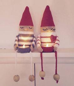 dk - få styr på garnet, portofrit over 150 kr, Crochet Christmas Decorations, Christmas Craft Projects, Christmas Crafts, Crochet Gifts, Diy Crochet, Crochet Dolls, Crochet Designs, Crochet Patterns, Crochet Wreath
