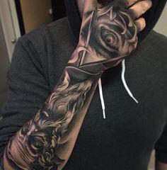 Future Tattoos, Tattoos For Guys, Cool Tattoos, Hand Tattoos, Sleeve Tattoos, Samurai Tattoo Sleeve, Asdf, Tattoo Studio, Tattoo Photos