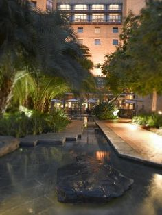 Hyatt Regency Johannesburg -Gaze across the horizon as you laze by the pool, or maintain your health and fitness program at the hands of trained professionals at Peak Health Club . Saunas, steam rooms, hot tubs, and beauty and fitness treatments are available . Health Club, Health Fitness, Michelangelo Hotel, Steam Room, Best Hotels, Workout Programs, How To Lose Weight Fast, Saunas, Weight Loss