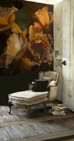 """Diana Watson """"rose"""" painting making a romantic wall covering behind a day bed… Home And Deco, Wall Treatments, Decoration, Wall Murals, Wall Art, Wallpaper Murals, Wallpaper Ideas, Interior Inspiration, Inspiration Design"""