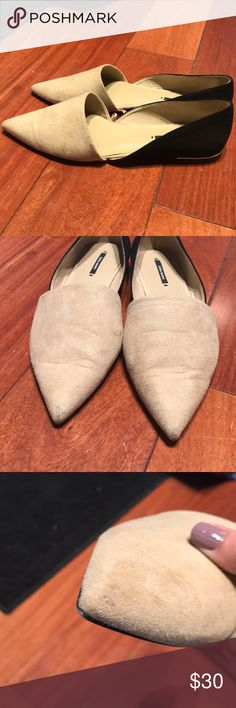 Zara color block beige black pointed flats Used once for work! Smallest signs of wear on right toe as pictured. Great for dressing up an all black outfit. Make me an offer! Zara Shoes Flats & Loafers