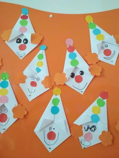 Alfabeto Animal, K Crafts, Art Lessons, Carnival, Triangle, Kids, Painting, Infant Activities, Crafts