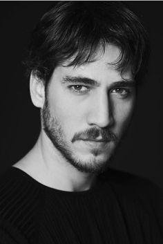 Alberto Ammann (October actor born in Argentina. Fat Disney Princesses, Daniel Bruhl, New Energy, First Novel, Mans World, Love Photos, Life Inspiration, Gorgeous Men, Cute Boys