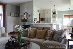 Welcome to the Blogger Home Tour Series.  Featuring some of the finest homes on tour in Blogland.   ♥♥♥♥♥♥♥♥♥   What I adore so much abou...