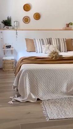 Room Ideas Bedroom, Home Decor Bedroom, Diy Home Decor, Bedroom Designs, Bedroom Bed, Bright Bedroom Ideas, Bedroom Decorating Ideas, West Elm Bedroom, Decor Room
