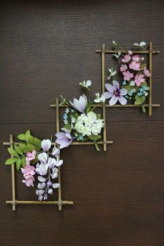 Add color, patterns and other unique touches to your walls with our wall art craft ideas. DIY wall art projects are a fun and creative way to add personalized décor to your home or office. And wall art crafts are… Continue Reading → Home Flowers, Simple Flowers, Paper Flowers, Diy Flowers, Wall Flowers, Home Flower Decor, Flower Wall Decor, Flower Frame, Home Crafts