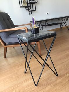 Marble Furniture, Cute Furniture, Office Furniture Design, Iron Furniture, Deco Furniture, Industrial Furniture, Furniture Makeover, Metal Table Legs, Metal Chairs