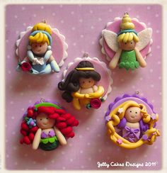 disney princesses party favor set by jelly beads. Princess Cookies, Princess Party Favors, Disney Princess Party, Princess Theme, Cakepops, Fondant Toppers, Cupcake Toppers, Kid Cupcakes, Disney Cakes