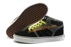 Great site for inexpensive shoes. Vans Shoes For Sale, Vans Skate Shoes, Mens Vans Shoes, Pumas Shoes, Vans Sneakers, New Shoes, Cheap Van, Wholesale Shoes, Cheap Wholesale