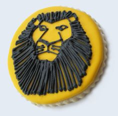 Lion King Mufasa | Heart Baked In Music Cookies, Crazy Cookies, Fun Cookies, Decorated Cookies, Lion King Party, Lion King Birthday, 7th Birthday, Lion King Musical, Lion King Broadway