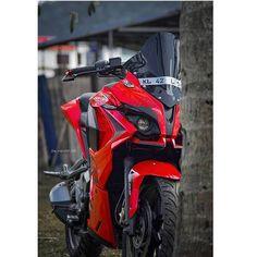Ktm Rc 200, Biker Photos, Bike Sketch, Bike Photoshoot, Bike Pic, Dslr Background Images, Cool Bikes, Photo Poses, Golf Bags