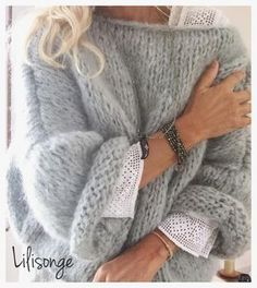 T-shirt Au Crochet, Crochet Shirt, Mohair Sweater, Coat Patterns, Knitting Patterns, Knitting Projects, Crochet Projects, Pull Angora, Sweater Outfits