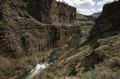 Wild and scenic sections of the Crooked and Deschutes rivers have new BLM trail access in central Oregon, not far from U.S 97 at Terrebonne. Central Oregon, North West, Ranch, Travel Destinations, Things To Do, Trail, Hiking, Thankful, Camping