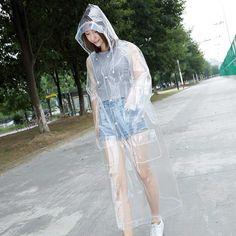 Clear Raincoat, Plastic Raincoat, Rainy Day Fashion, Hooded Cloak, Rain Suit, Rain Wear, Hoods, Windbreaker, Macs