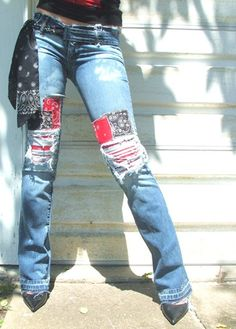Patched denim jeans for women. 2019 Patched denim jeans for women. The post Patched denim jeans for women. 2019 appeared first on Denim Diy. Diy Jeans, Jeans Refashion, Recycle Jeans, How To Patch Jeans, Mode Country, Patchwork Jeans, Mode Jeans, Denim Crafts, Embellished Jeans