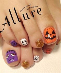 12 Halloween Toe Nail Art Designs & Ideas – Tips For Organizing Your Dog Supplies Fancy Nails, Trendy Nails, Cute Nails, Halloween Toe Nails, Halloween Nail Designs, Pedicure Nails, Diy Nails, Toenails, Seasonal Nails