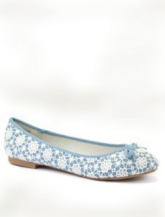Blue Crochet Ballet Pumps. Cute shoes.