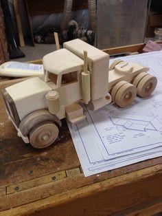 Stock Truck Eighteen Wheeler by grandpacharlieswkshp on Etsy