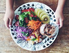 GIRLS EAT issue | LUMINE池袋店