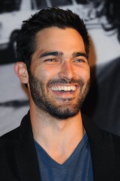 Fans lost their minds when Supergirl announced that Tyler Hoechlin will be playing the iconic role of Superman in the show's second season, and rightfully so. Teen Wolf Derek Hale, Teen Wolf Boys, Teen Wolf Dylan, Teen Wolf Cast, Tyler Hoechlin, Celebrity Portraits, Celebrity Photos, Celebrity News, Scott Mccall