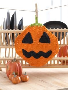 Jack'o Lantern Dishcloth | Yarn | Free Knitting Patterns | Crochet Patterns | Yarnspirations